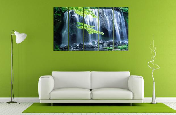 Tranh có thể kế hợp với các phòng khách sử dụng nội thất sopha và nhiều mầu nền tường khác nhau