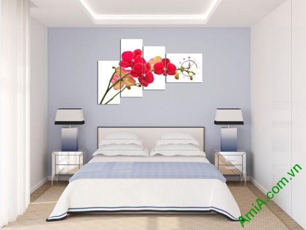 Tranh trang trí Lan Hồ Điệp Đỏ gây ấn tượng cho căn phòng ngủ trang nhã