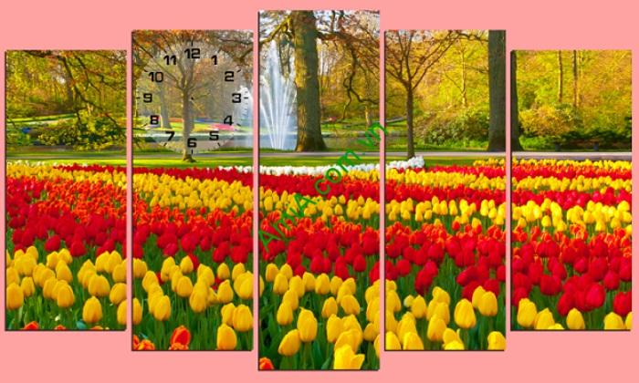 tranh-treo-phong-khach-hoa-tulip-hop-tuoi-suu