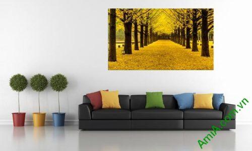 Tranh phòng khách phong cảnh thiên nhiên mùa thu lá vàng amia 338-02