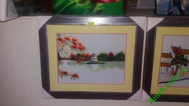 Tranh Thêu Phong Cảnh Treo Phòng Khách Tháp Rùa