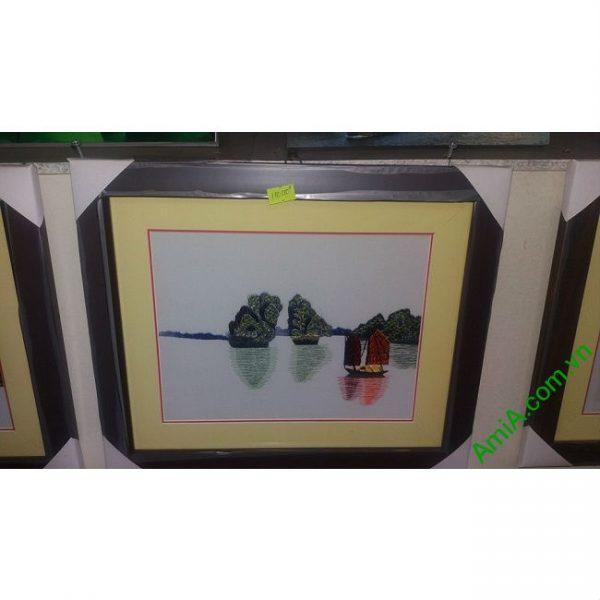 Tranh Thêu Treo Phòng Khách Nghệ Thuật Hòn Trống Mái