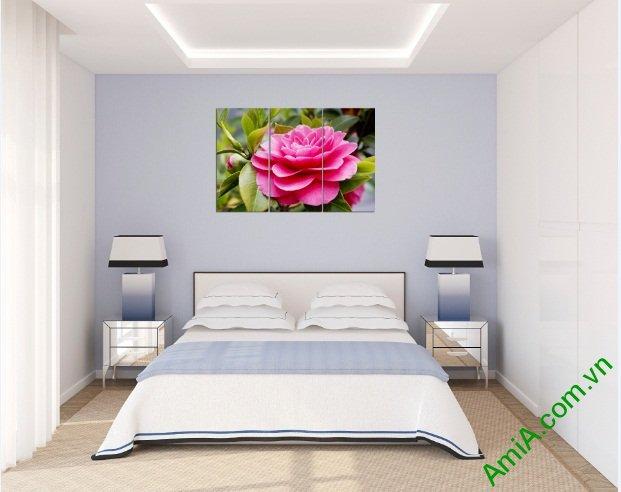 Tranh treo tường phòng khách hiện đại hoa Trà Amia 390-03