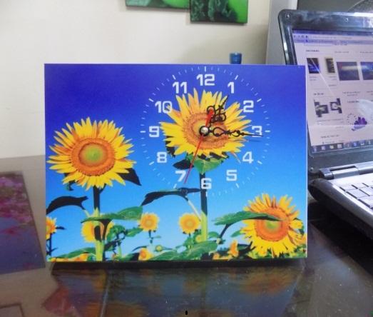 Tranh đồng hồ để bàn hoa Hướng Dương Amia TDB 101-00