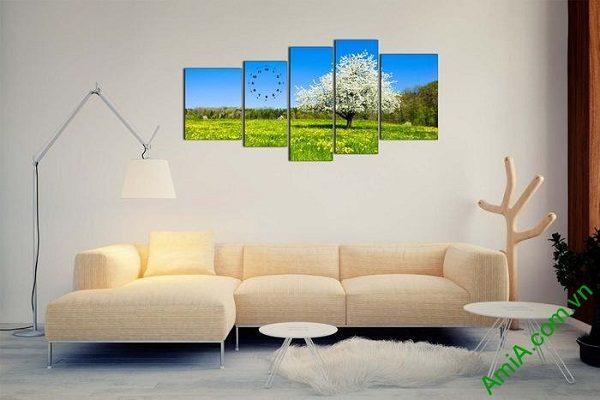Tranh phong cảnh mùa xuân trang trí phòng khách sang trọng-02