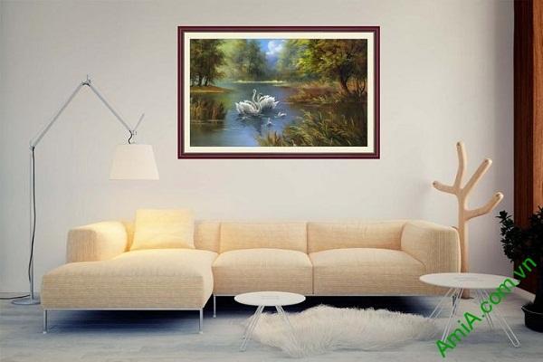 Tranh trang trí in giả sơn dầu hồ chim thiên nga AmiA 677-02