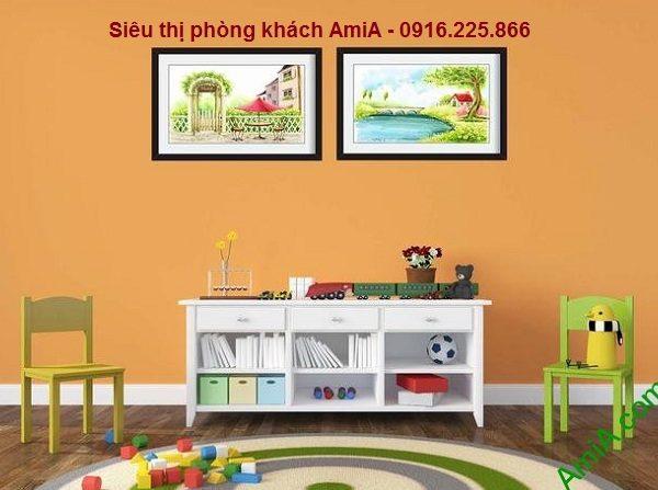 Hình ảnh Khung tranh phong cảnh trang trí nội thất phòng của bé