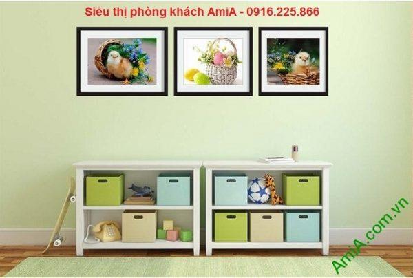 Hình ảnh Khung tranh trang trí nghệ thuật gà con treo phòng trẻ em