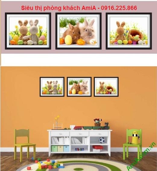 Khung tranh treo tường phòng trẻ em đẹp bạn thỏ đáng yêu