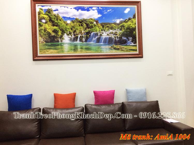 Tranh treo phòng khách chung cư thác nước Amia 1004