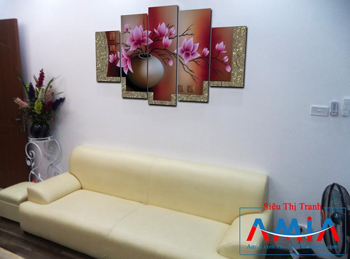 Tranh bình hoa Amia 1086 treo phòng khách hiện đại
