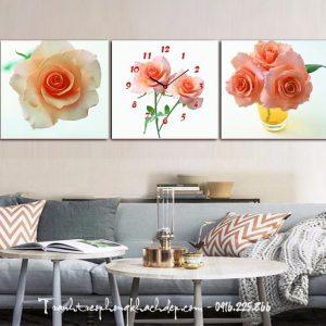 tranh treo phong khach binh hoa hong