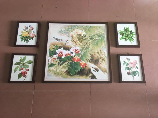 Bo khung tranh hoa la treo tuong phong khach dep