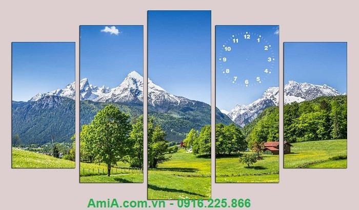 Tranh phong canh treo phong khach dong xanh nui cao AmiA