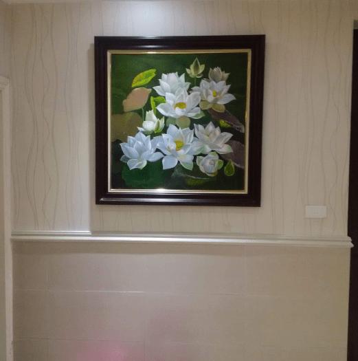 Tranh ve hoa Sen trang son dau AmiA TSD 359 ve nha khach