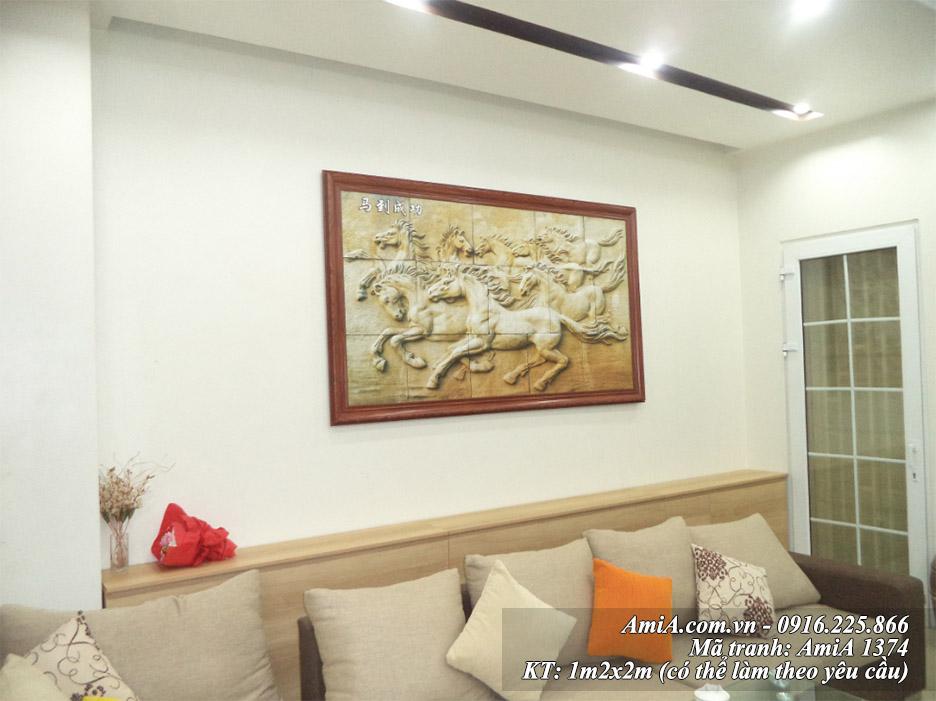 Tranh bat ma thanh cong AmiA 1374 treo tuong phong khach