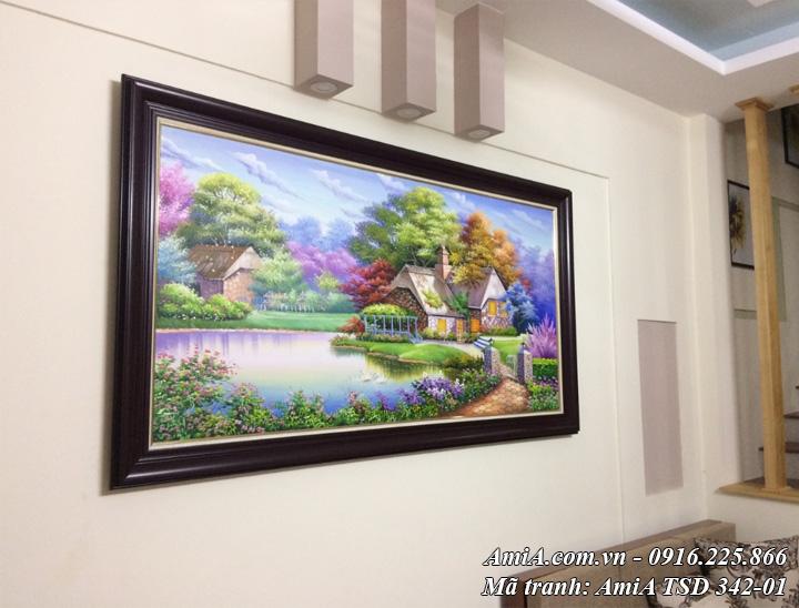 Hình ảnh tranh sơn dầu cảnh ngôi nhà châu âu AmiA TSD 342-01 treo thực tế nhà khách