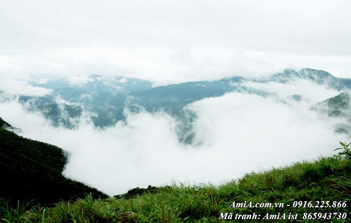 Hình ảnh tranh đẹp phong cảnh núi rừng giữa mây trời