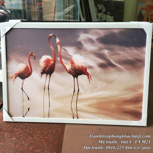 Tranh canvas chú chim hồng hạc tại cửa hàng tranh AmiA