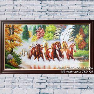 Tranh sơn dầu mã 426 của Amia có 8 chú ngựa phi trên sông nước