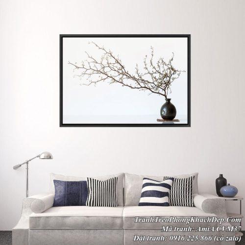 Hình ảnh phòng khách hiện đại treo tranh canvas bình đao AmiA CVM37