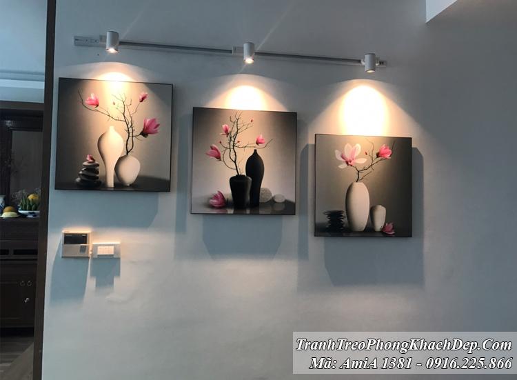 Tranh bình hoa sứ đen trắng hiên đại 3 tấm Amia 1381