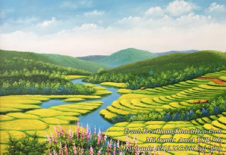 Góc trái của bức tranh vẽ ruộng bậc thang với con sông xanh nhỏ