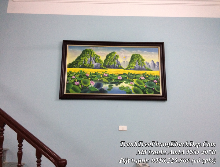 Tranh treo thực tế nhà khách mẫu sơn dầu phong cảnh hồ Sen khổ lớn