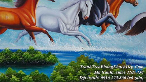 Tranh vẽ sơn dầu đàn ngựa chạy trên sông nước có bãi cỏ xanh