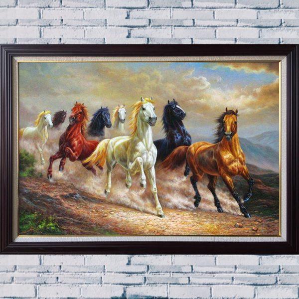 Hình ảnh tranh sơn dầu đàn ngựa 8 con chạy trên dốc núi