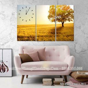 Tranh đồng hồ treo phòng khách mùa Thu vàng Amia 2012