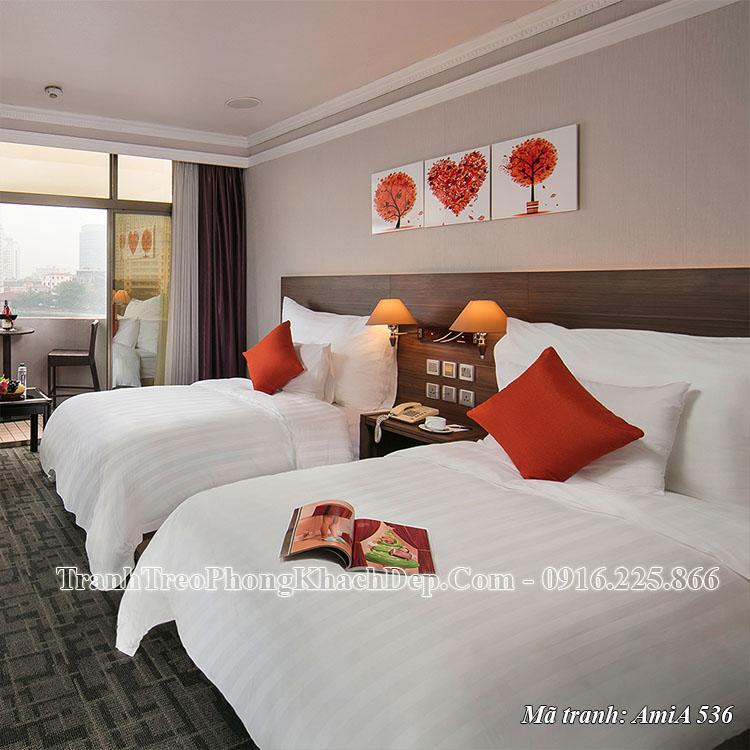 Tranh treo khách sạn thực tế trái tim mùa Thu AmiA 536